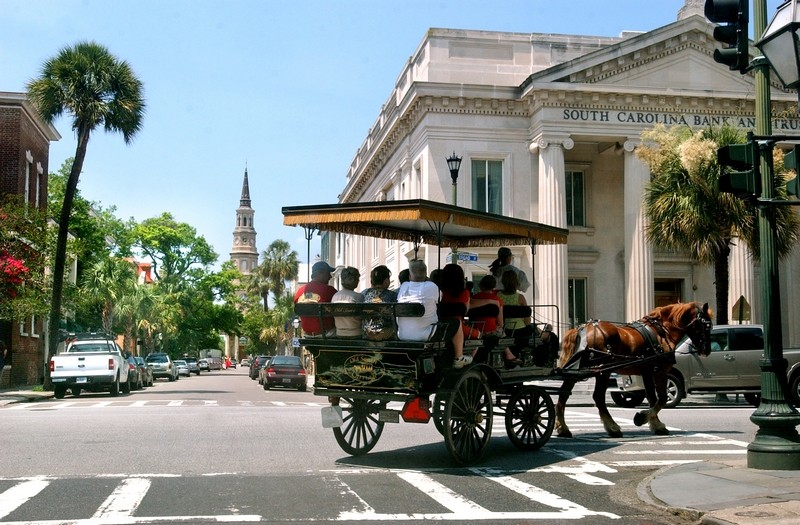 charleston market and carriage tours