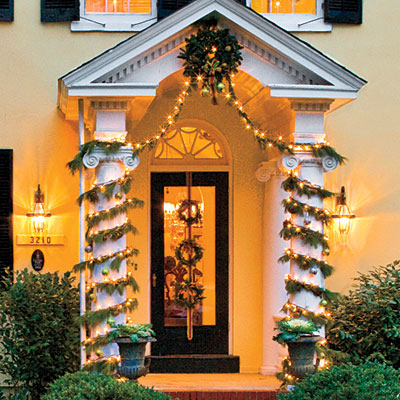 outdoor christmas house decorations